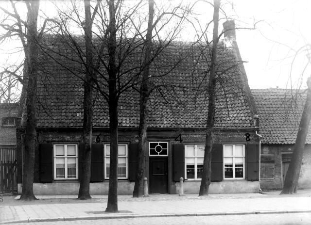 650601 - Schmidlin. Een uit 1648 daterende woning aan de noordzijde van het Wilheminapark, vooreheen Veldhoven.