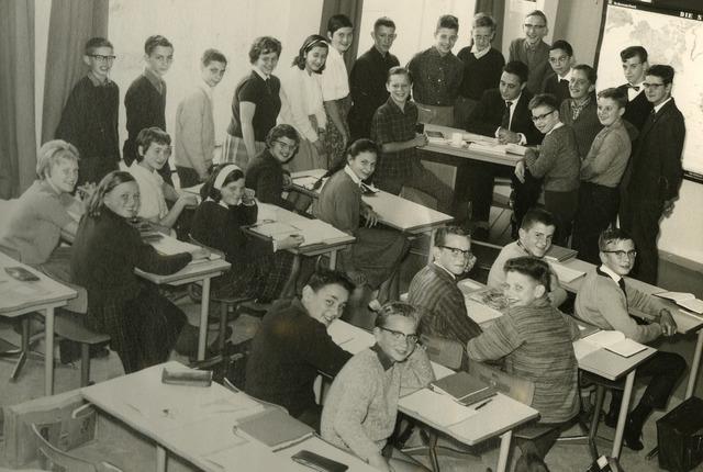 092081 - Klassefoto van klas 2C van de St. PAULUS-HBS, 1963-1964
