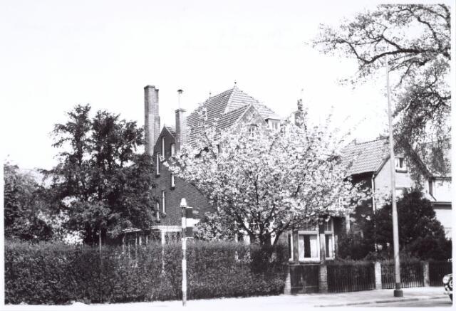 016131 - Pand Bredaseweg 257, hoek Ringbaan-West