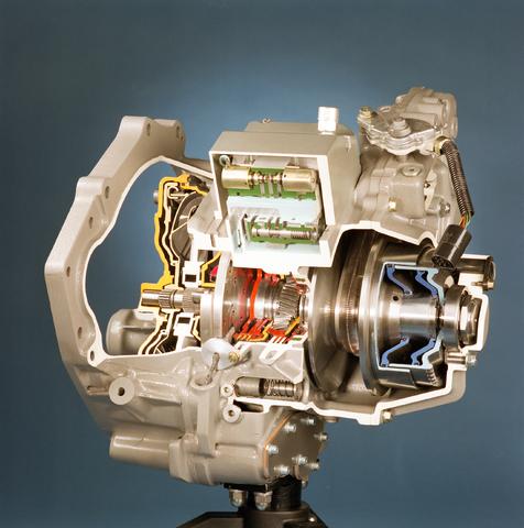 D-000195-2 - Van Doorne's Transmissie, thans Bosch Transmission Technology, aan de Dr. Hub. van Doorneweg, 1988-1991.