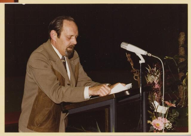 080207 - Opening van sporthal `De Roomley`in 1979. Dolf Kokke.