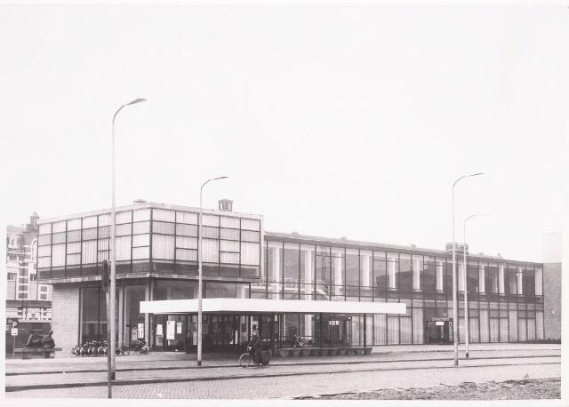 035713 - Schouwburg aan het Stadhuisplein