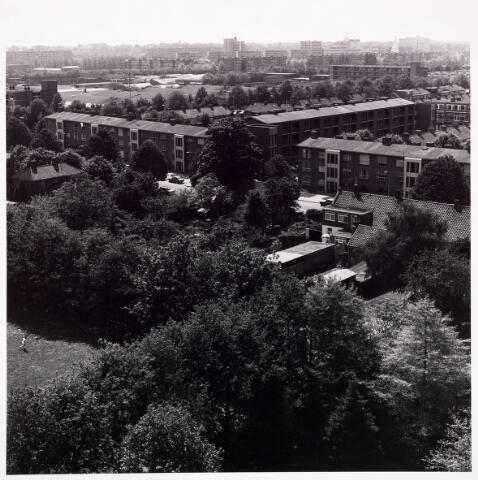 "036715 - Panorama van Tilburg vanaf de torenflat ""Vredeburcht """