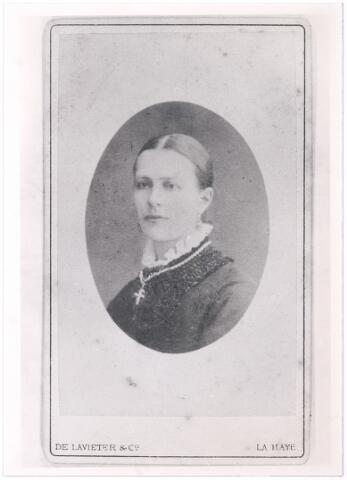 006141 - Mevr. Kluytmans echtgenote van Jules Verschuuren.