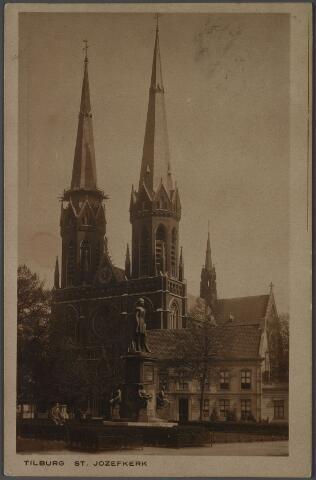 010801 - Heuvel met St. Josephkerk, pastorie en standbeeld van koning Willem II.