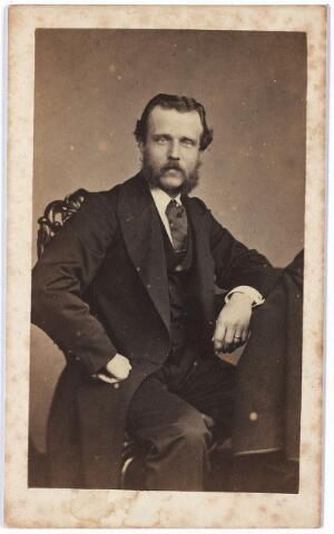 004444 - Walter HERCKENRATH (Amsterdam 1837 - Mamoroneck 1907 NY, USA), trouwde in 1863 met Julie van Dooren, dochter van textielfabrikant Pieter van Dooren. Zie foto nr. 4443