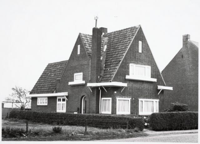 034093 - Pand aan de Jac. van Vollenhovenstraat 38, voorheen Heikantsebaan