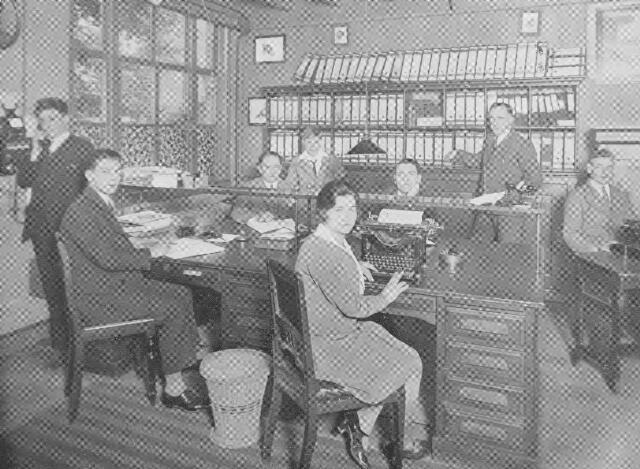 064376 - Leder- en schoenindustrie.  N.V. Stoomschoenfabriek J.A. Ligtenberg te Dongen. De administratie.