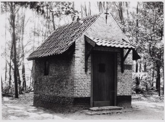 046529 - De St. Janskapel op Nieuwkerk kort na de restauratie en heropening in september 1985.