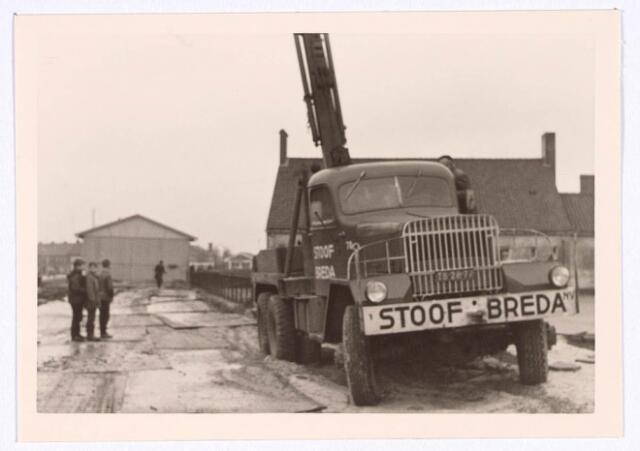 018765 - Plaatsen van een noodschool aan de Generaal Smutslaan in 1966