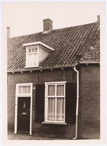 028117 - Woning aan de Veldstraat 43, thans Pastoor van Beurdenstraat