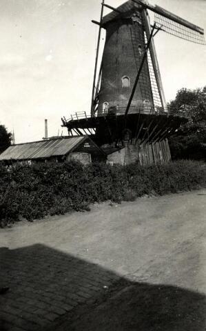 600492 - De molen van de familie Matthijssen aan de Elzenstraat te Tilburg