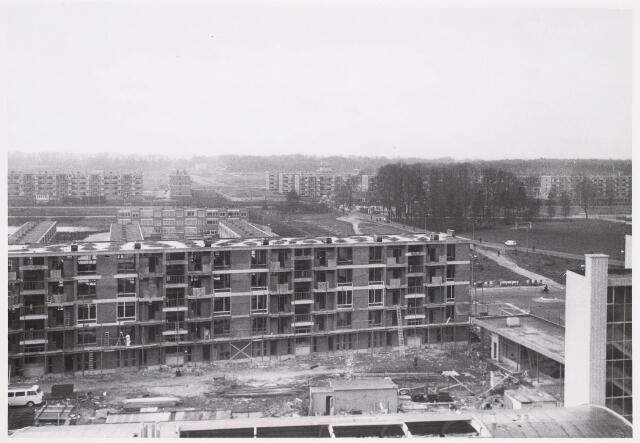 036667 - Panorama van Tilburg vanaf flats aan de Statenlaan