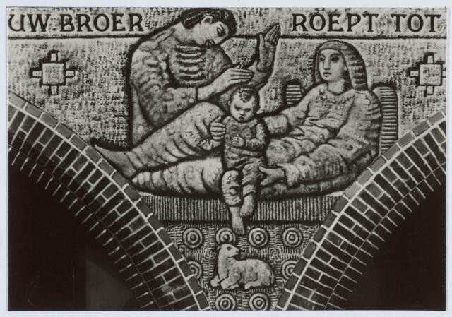 020039 - Muurschildering van Egbert Dekkers in de kerk van het Heilig Hart, parochie Noordhoek