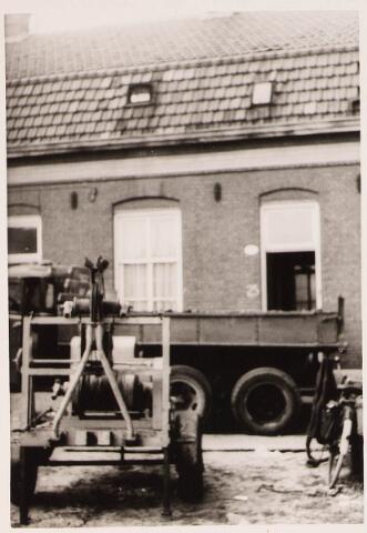 028425 - Panden aan het Pieter Vreedepad 15 tot en met 27, thans Pieter Vreedeplein; Deze panden werden door de gemeente aangekocht van F.J. Naaijkens en gesloopt.