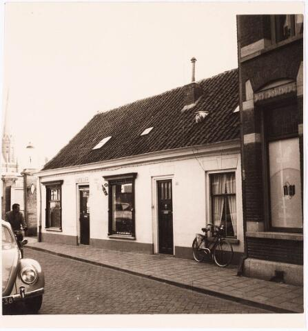 033156 - Voorgevel van de panden Telegraafstraat 40-42 (later Sjefke van Oirschot)