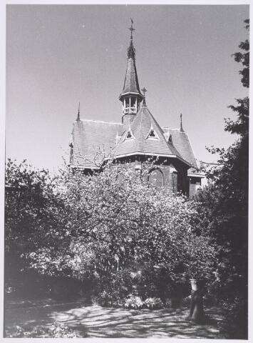 018041 - Kapel van het Ursulinenklooster aan de Elzenstraat bezien vanuit de tuin