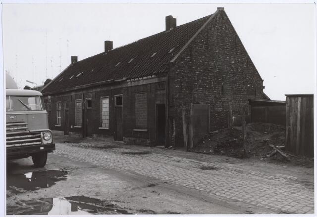 026432 - Slooppanden in de Minckelerstraat, voorheen Locomotiefstraat