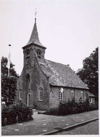 020315 - Hasseltse kapel halverwege 1981