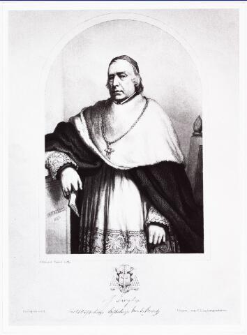 008463 - Gravure. Mgr. Joannes ZWIJSEN (Kerkdriel 1794 - 1877 Den Bosch) was de oudste zoon uit het tweede huwelijk van de molenaar Petrus Zwijsen. Na studie op diverse internaten werd hij in 1817 te Mechelen tot priester gewijsd. Was kapelaan te Schijndel (1818), pastoor te Best (1828) en van 1832 tot 1854. pastoor te Tilburg, parochie H. Dionysius, 't Heike, waar hij de laatste Witheer van de abdij van Tongerlo, Evermodus du Champ, opvolgde.