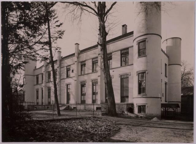 032107 - Onderwijs: Rijks H.B.S Willem II aan het Stadhuisplein
