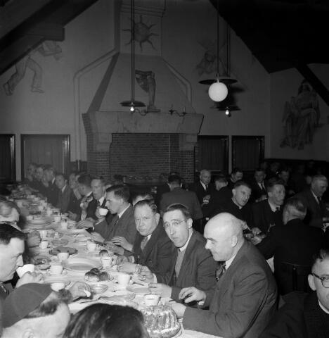 050420 - Centrale Raadsvergadering Katholieke Arbeiders Beweging  K.A.B  werkliedenvereniging Tuinstraat 66 Tilburg.