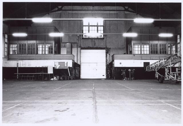 016377 - Loods voor stalling en onderhoud van legervoertuigen van de Generaal-majoor Kromhoutkazerne