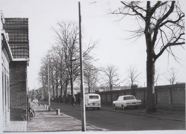 030728 - Schaepmanstraat. Rechts: Energiebedrijven.