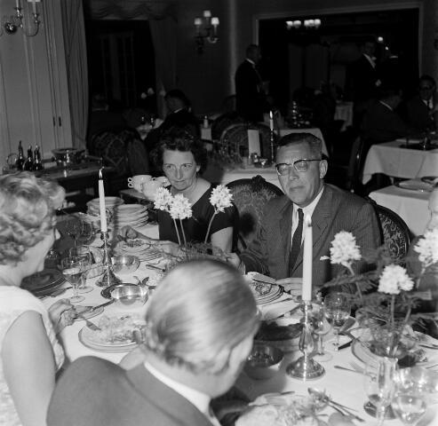 050685 - Diner in chalet Royal van de familie Hamers uit Tilburg.