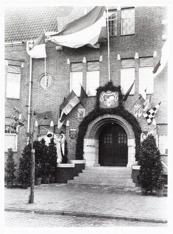 009386 - Kloosters. Zusters van Schijndel betrekken St. Liduina klooster aan de Pelgrimsweg te Tilburg (in de sacramentsparochie aan de Ringbaan-Oost)
