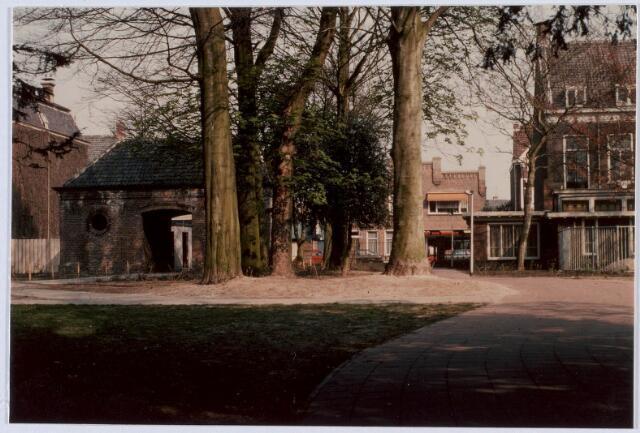 018402 - Korvelseweg bezien vanaf het voormalige Diepen-complex