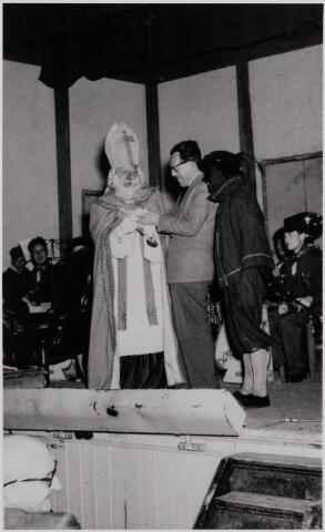 041037 - Sinterklaasviering K.A.B. Tilburg.