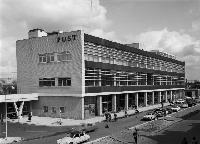 050690 - Postkantoor Tilburg.