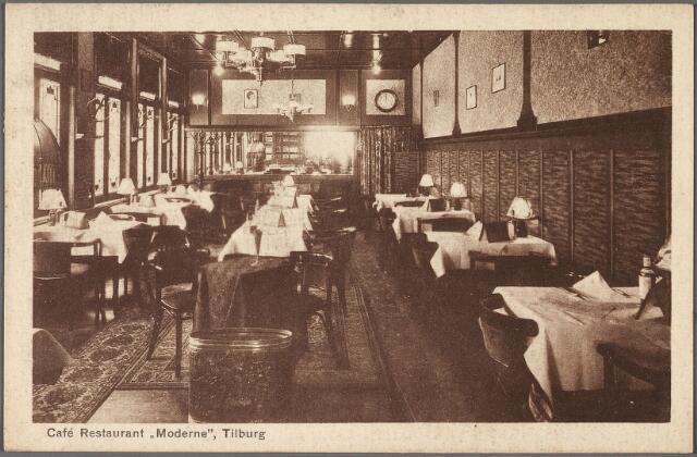 010706 - Eetzaal in café-restaurant Modern aan de Heuvel.