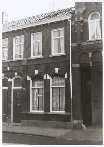 024671 - Pand Korvelseweg 76 eind 1970