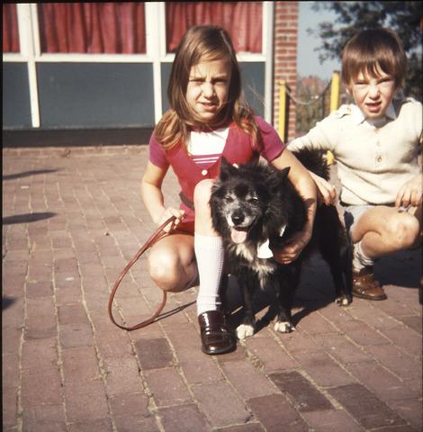 650122 - Gerardus Majellaschool, Hulten. Dierendag 1972.