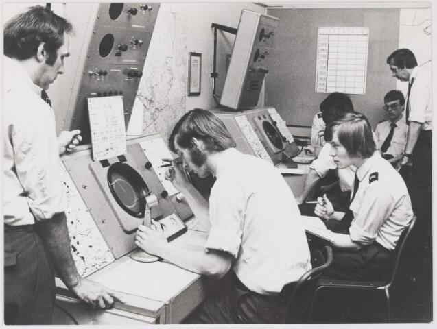 081494 - Vliegbasis Gilze-Rijen. Opleidingscentrum luchtmacht. Luchtverkeersleiding.