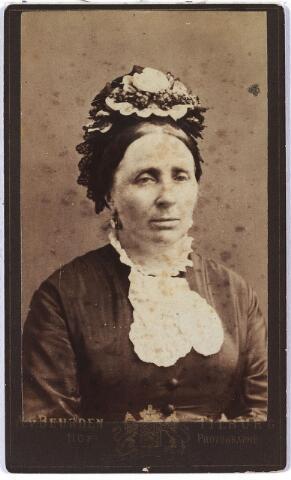 006004 - Maria Theresia Janssen, geboren te Tilburg 19 februari 1826, overleden aldaar 5 juli 1885, gehuwd met Jos.A. Verbunt.