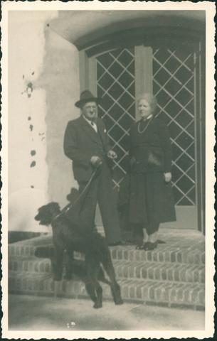 655435 - Onderwijzeressen en zelatrices. Huis D. Minhove - Jan Hörstive