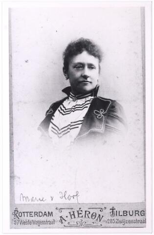 004510 - Maria Engelberta Josephina (Marie) van HOOF (Tilburg 1863-1961), dochter  van Johannes van Hoof en Johanna Maria Becx.