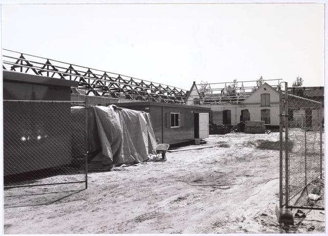 023648 - Restauratie van de voormalige Lancierskazerne aan het Kazernehof, dat onderdak bood aan het gemeentearchief, een buurthuis en een peuterspeelzaal