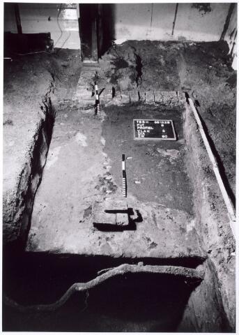015751 - Archeologisch onderzoek in het pand Bokhamerstraat 13