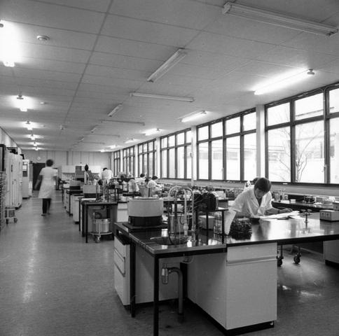 655717 - Elizabeth Ziekenhuis locatie Jan van Beverwijckstraat Tilburg in 1981.