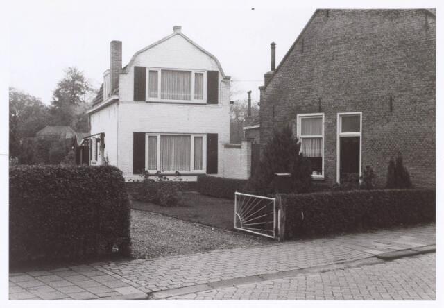 018820 - Pand aan de Rielseweg, thans Generaal Winkelmanstraatpand nummer12 na de verbouwing in 1967