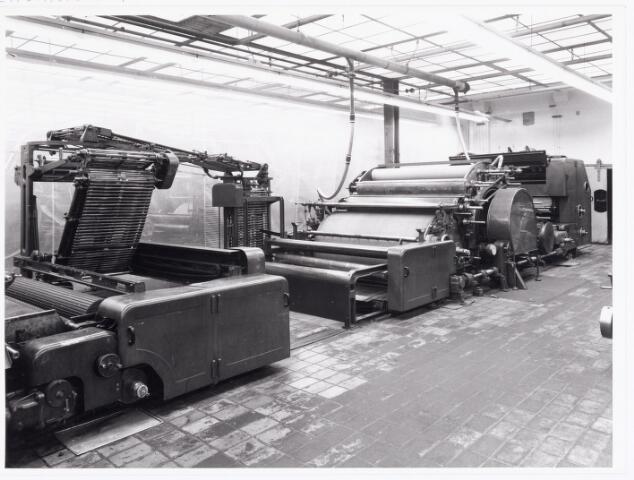 038049 - Textielindustrie. Interieur van de wollenstoffenfabriek André van Spaendonck en zonen