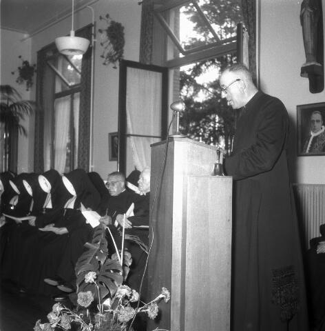 050367 - 100-jarig bestaan van de kweekschool: Zusters van Liefde Oude Dijk, Tilburg.