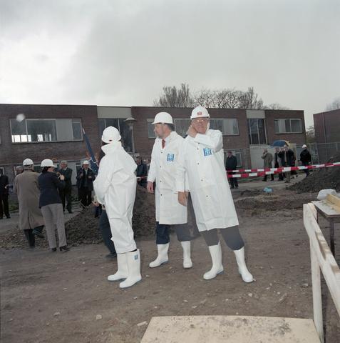D-00501 - TBV - Eerste paal Koningvoorde - Wethouder Els Aarts
