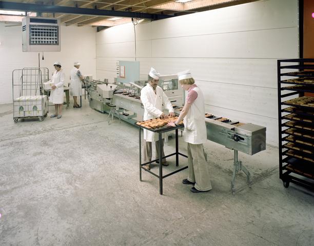 D-002555-2 - Easy Bakery: Bedrijfsreportage