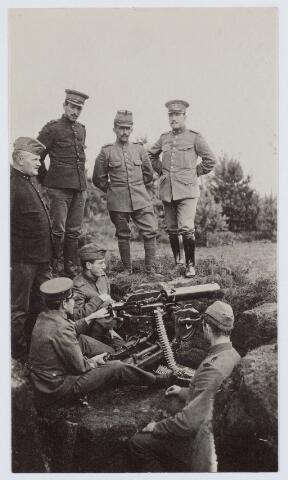 053664 - Eerste wereldoorlog 1914-1918. Activiteiten/materieel.