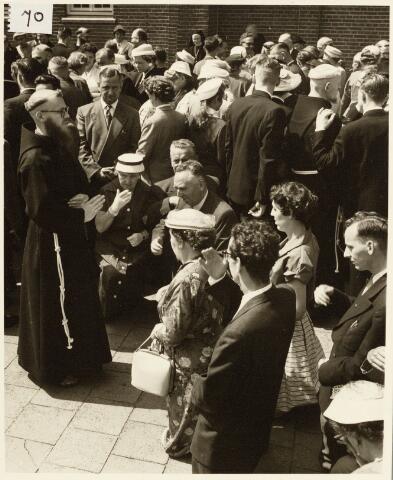 050184 - Priesterwijding.